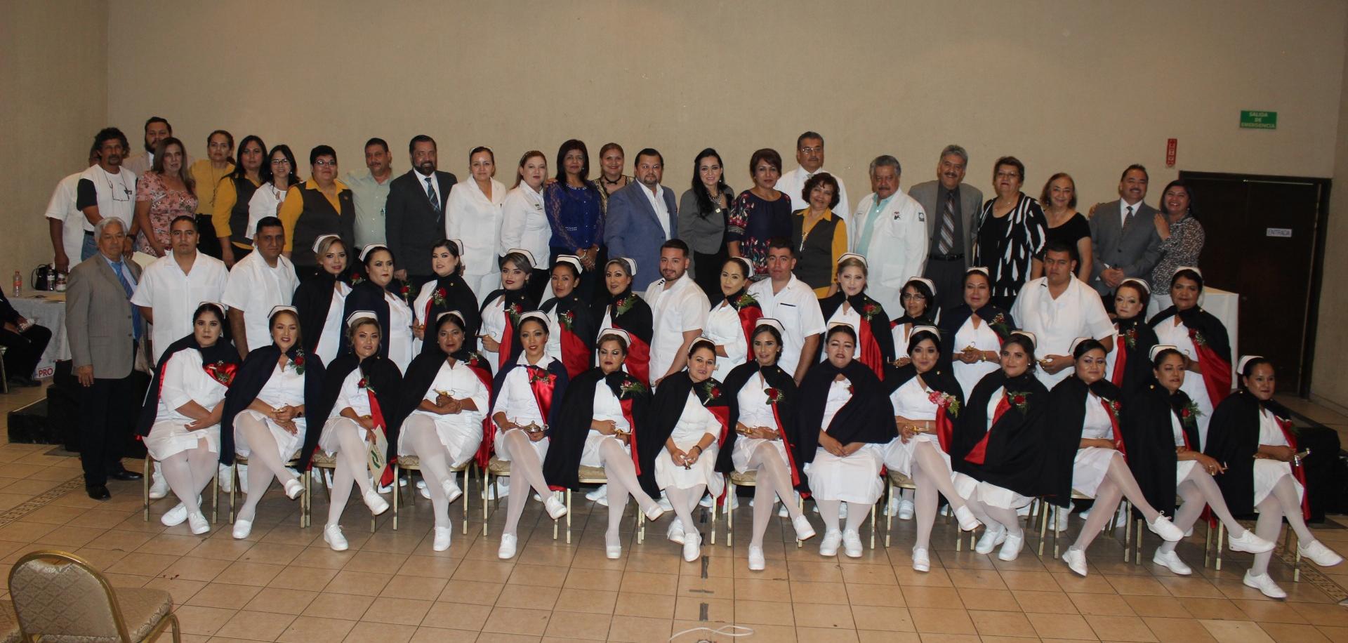 Ceremonia de graduación Enfermería modular